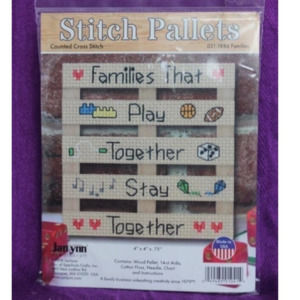 Stitch Pallets Families cross stich kit